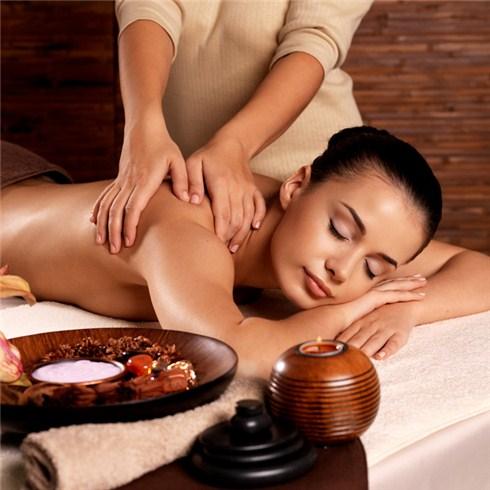 Massage body Thái cổ truyền tại Sam Spa (75 phút)
