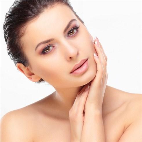 Thắp sáng body và chăm sóc da mặt 110 phút - Swissderm B&L Spa