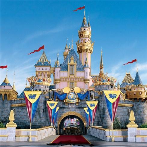 Tour Hong Kong Disneyland 4N3Đ (bao gồm vé máy bay khứ hồi)