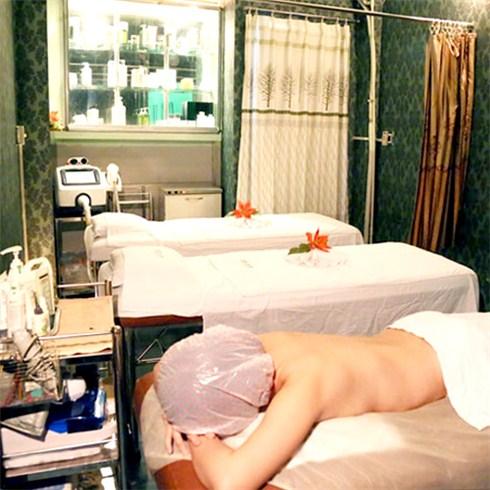 Tắm trắng body công nghệ Á Đông tại Sắc Ngọc Spa