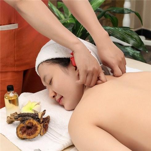 Massage body Thái ấn huyệt Nhật Bản 90 phút tại Vi.a Nail & Spa