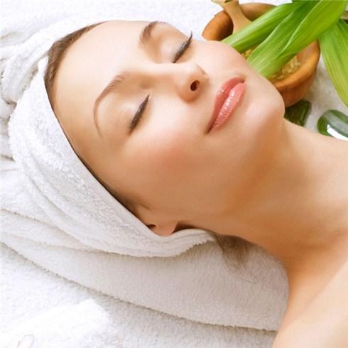 Điều trị mụn, thâm, thu nhỏ nang lông - TMV Hồng Ngọc (60 phút)