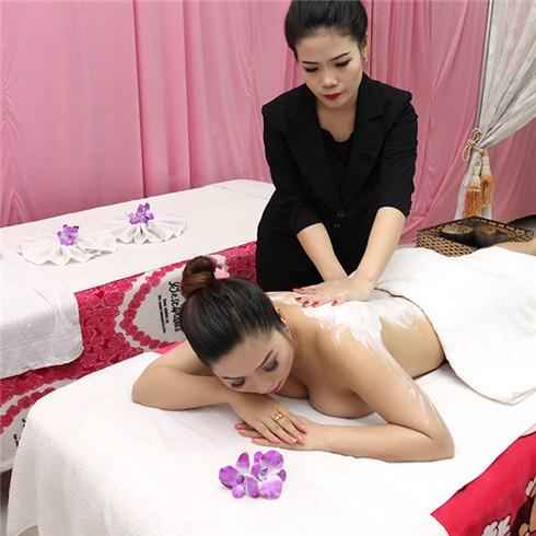 Lì xì, Tắm trắng, tắm dưỡng toàn thân kết hợp facial tại Linh Spa