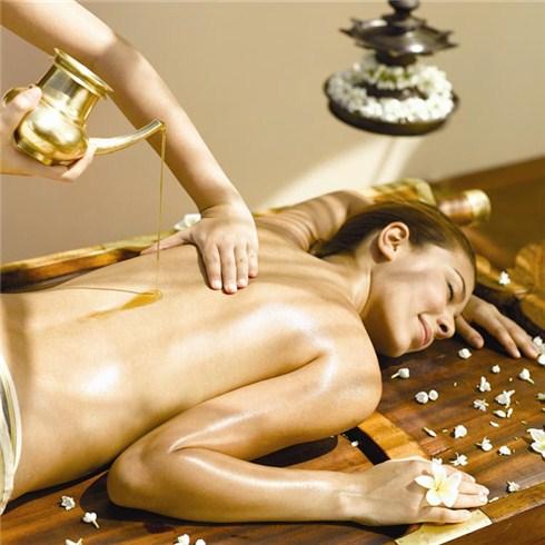 Massage body gừng tươi + tắm Yến nâng niu làn da Thanh Thanh Spa