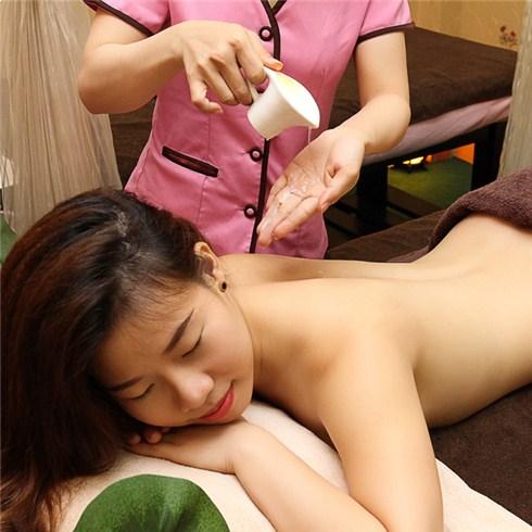 Massage body nến và xông hơi (75 phút) tại Sen Spa