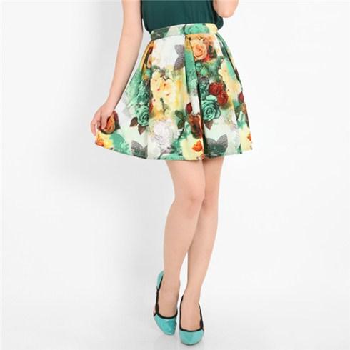 Chân váy hoa xòe