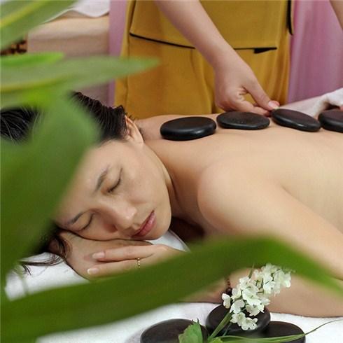 Massage body đá nóng, chăm sóc da mặt trắng hồng - Spa Đẹp 360