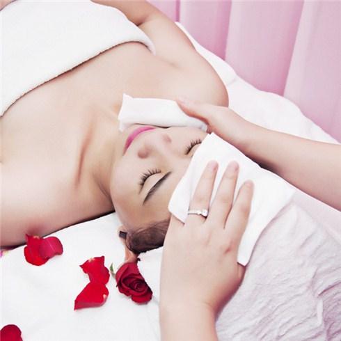 Massage foot, body đá nóng, chăm sóc da mặt 90 phút An Duyên Spa