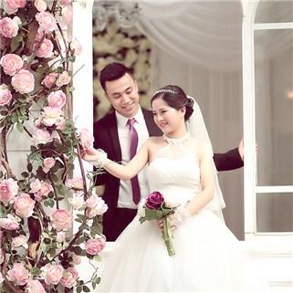 Nhóm Mua - DV Thu lam co dau tai Ao cuoi Valentine Studio