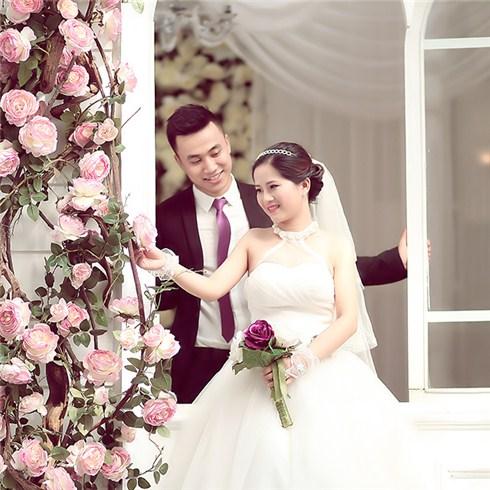 DV Thử làm cô dâu tại Áo cưới Valentine Studio