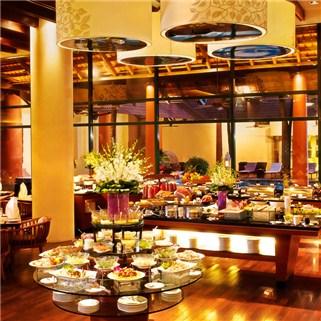 Nhóm Mua - Tiec Sunday Brunch boi + buffet - Khach san PARKROYAL Saigon