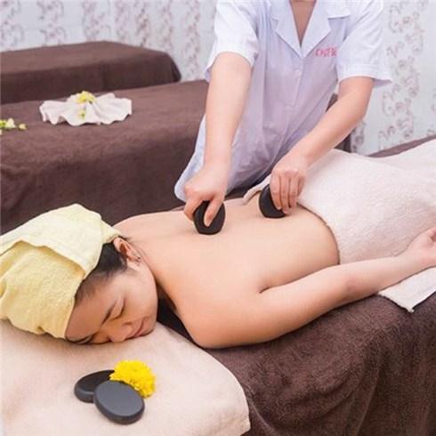 Massage body + tắm dưỡng toàn thân + ngâm chân tại Khỏe và Đẹp