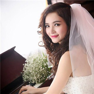 Nhóm Mua - Chup anh thu lam co dau tai Phim Truong MARIAGE ETRANGE