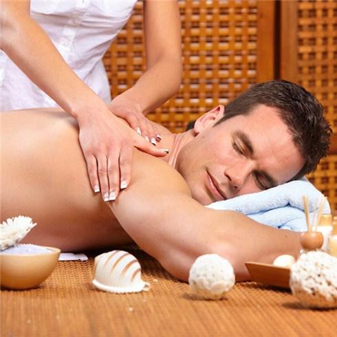 Massage body 70 phút dành cho nam - Khách sạn Boss 3*