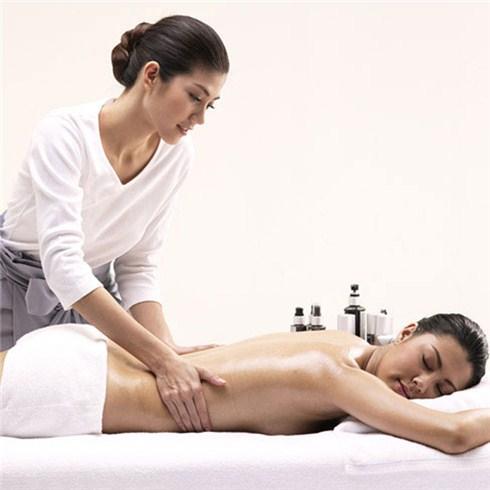 Massage body kết hợp massage mặt sáng da 105' - F'Miss Spa