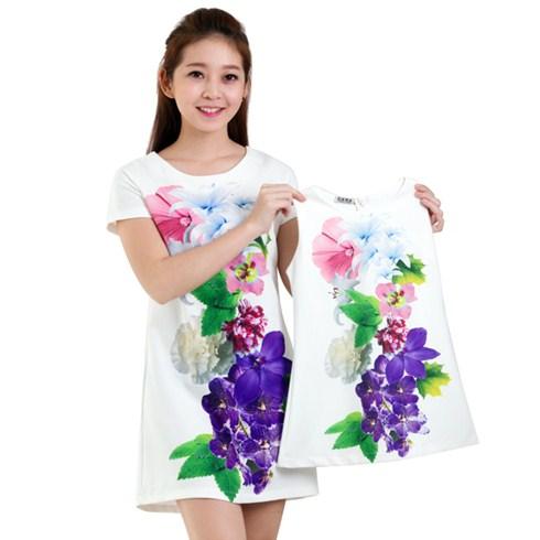Đầm suông mẹ và bé in hoa 3D