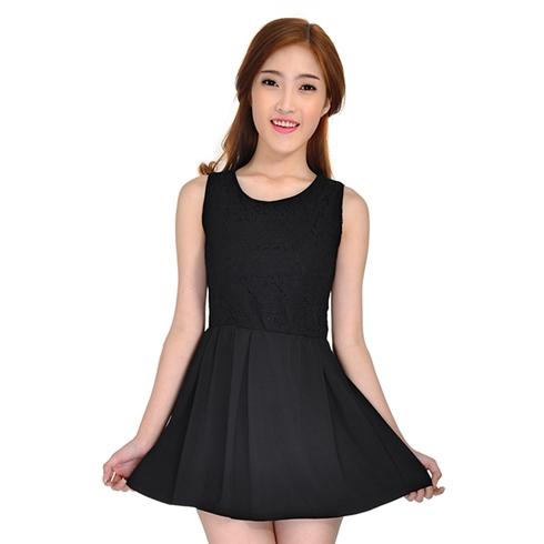 Đầm xòe phối ren màu đen