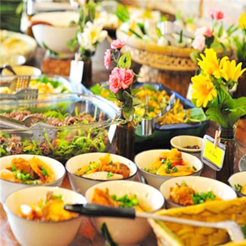 Buffet trưa/tối hơn 40 món 3 miền + lẩu tại NH Hương