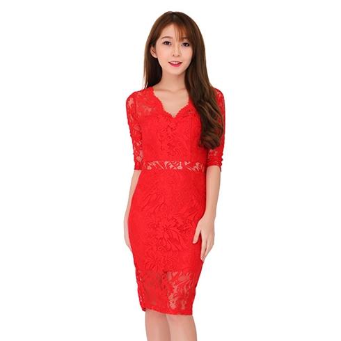 Đầm ren họa tiết sang trọng màu đỏ