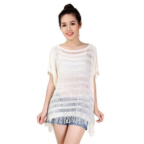 Áo len sọc ngang form rộng tua rua màu trắng
