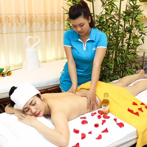 Massage body Thái đá nóng, đắp mặt nạ - Hân Spa, Miễn tip