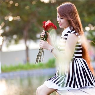 Nhóm Mua - Chup hinh ngoai canh cho 2 nguoi – Studio Hong Thanh