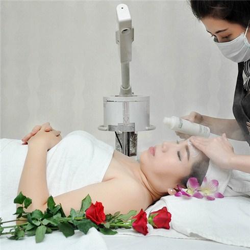 Trẻ hóa da mặt bằng công nghệ Oxy Jet từ Đức - Kim Spa