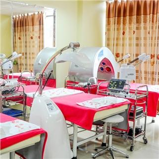 Nhóm Mua - Thai doc, khu chi sang da tu lan dau tien - Doctor Skin Spa
