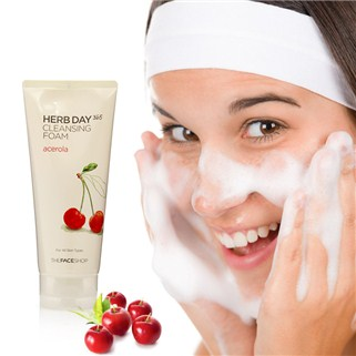 Sữa rửa mặt Herb Day 365 The Face Shop - cherry