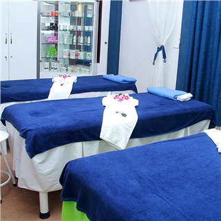 Massage body tẩy da chết tại Hera Beauty Spa