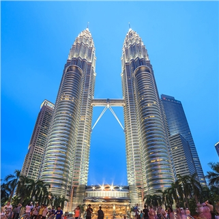 Nhóm Mua - Tour hanh trinh xuyen quoc gia Singapore - Malaysia 5N4D