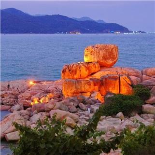 Nhóm Mua - Tour Nha Trang - Binh Ba nang vang, bien xanh, tom hum 4N3D