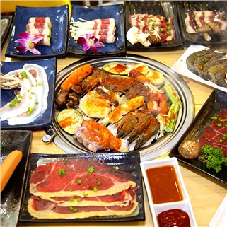 Nhóm Mua - Buffet toi bo My nuong,hai san,lau,free kem-Hongkong Town