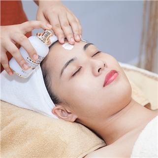 Nhóm Mua - Goi 5 lan trang sang da mat vitamin C - Spa Ngoc Anh Luxury