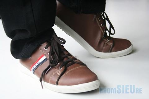 Giày thể thao kiểu dáng Tommy