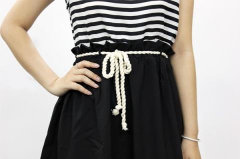 Đầm thời trang xinh xắn
