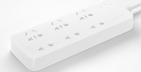 One More - O cam dien Xiaomi 6 dau ket noi Wifi Mi Power Strip