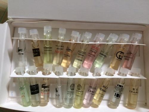 Set 20 chai mẫu thử nước hoa chính hãng - bao check code