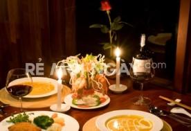 Set ăn tối trên tàu 5 SAO INDOCHINA JUNK