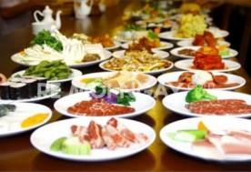 Buffet tối BBQ và lẩu tự chọn tại nhà hàng Sakurasaku