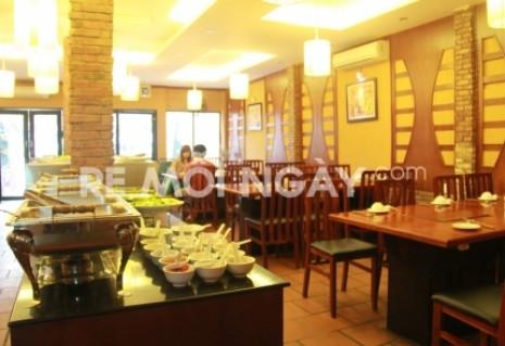 Buffet và lẩu hải sản tại nhà hàng BBQ House