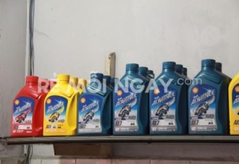 Bảo dưỡng toàn bộ xe và thay nhớt máy Shell Advance 2013