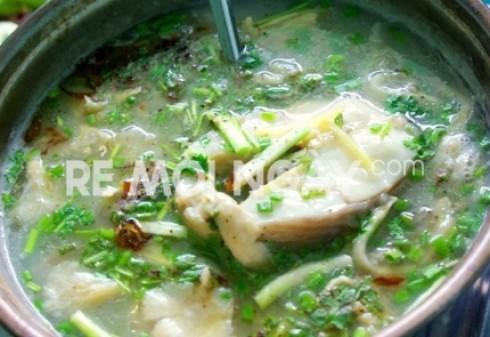 1 phần bắp bò nướng ( bao gồm bánh tráng + rau+ bún)+ 1 lẩu cháo cá