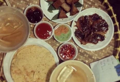 Thưởng thức những món ăn vặt khoái khẩu tại Ăn vặt quán