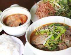 Combo 1 tô bún cá ngừ +1 tô bún bò + 2 ly nước ngọt tại Nhà hàng Hương Việt