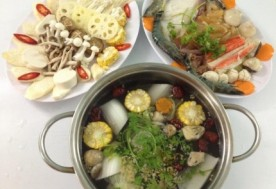 Thưởng thức tất cả các món ăn có trong menu tại nhà hàng Tiểu Nhị Quán