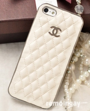 Ốp lưng Iphone 4 chanel