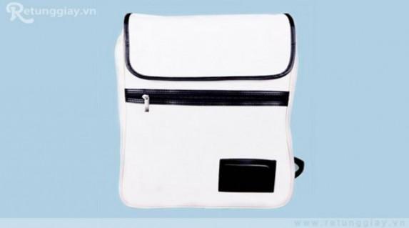 Ba lô laptop chất liệu vải bố chỉ 87.000 vnđ giúp chống sốc, chống nước. Giá cực rẻ chỉ có tại Retunggiay.vn!