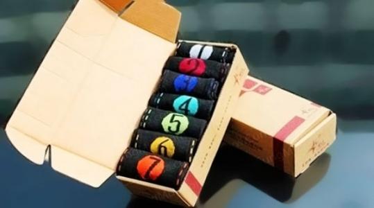 Combo 07 đôi vớ nam cho 07 ngày trong tuần năng động và lịch lãm với màu sắc khác nhau. Chỉ 65.000 VNĐ tại Rẻ Từng Giây.