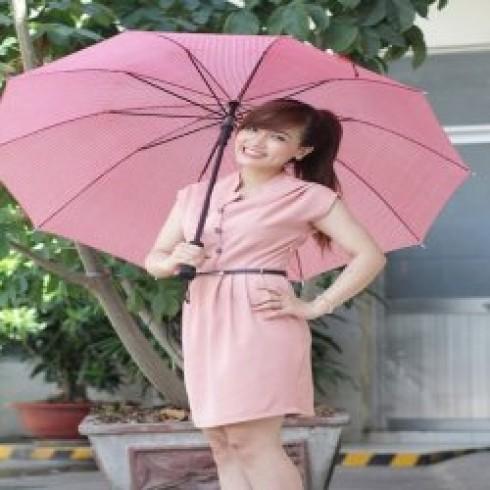 """Đầm công sở """"cô chủ nhỏ"""" mang phong cách hàn Quốc chỉ 140.000 vnđ .Với chất liệu tuyết mưa cao cấp thoáng mát .giá cực rẻ chỉ có tại Retunggiay.vn !"""